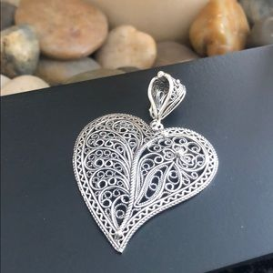 Jewelry - Artisan crafted Sterling open work filigree heart